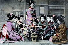 Konkon chiki 1905    Konkon chiki was a popular New Year's game in the Meiji period (1868 – 1912). The object of the game was to grab the cup of sake before your hand was caught by the slip knot.
