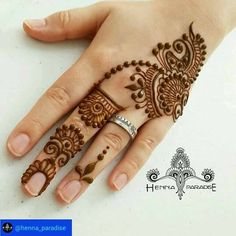 L'image contient peut-être : une personne ou plus et gros plan  ❤❤♥For More You Can Follow On Insta @love_ushi OR Pinterest @ANAM SIDDIQUI ♥❤❤
