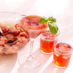 Her finder du en lækker opskrift på Melon-jordbærcocktail. Gå på opdagelse og find inspiration i vores mange opskrifter, tips og idéer.