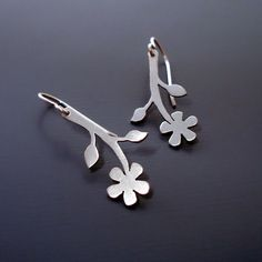 Simple Flower Earrings  Brushed Silver  Nature by lisahopkins, $85.00