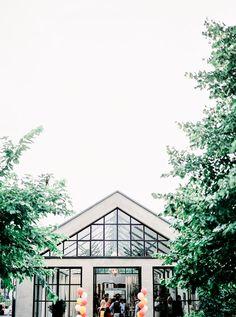 Bijzondere Trouwlocatie Villa Augustus Dordrecht - Hanke Arkenbout Photography // Engaged.nl