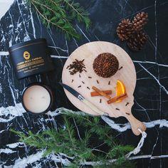 Pomander. Clove, orange, cinnamon and pine fragrant candle. http://goldenskullcandles.com/shop  #marble #christmas #pomander #orange #pine #cinnamon #clove #candle #candles #soywaxcandles #marble #luxury #gsc #golden #skull #goldenskullcandles
