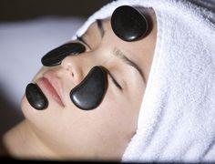 Limpieza Facial + Masaje Con Piedras Calientes Para Revitalizar Iluminar Y Oxigenar El Rostro A Solo $15.750.-