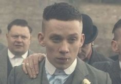 How To Get The John Shelby Peaky Blinders Haircut Modern Haircuts, Haircuts For Men, John Shelby Peaky Blinders, Peaky Blinder Haircut, Plum Hair, Mature Men, Fade Haircut, Boy Hairstyles, Hair Trends