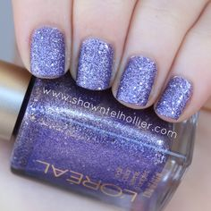 L'Oreal Gold Dust Textured Nail Polish: Reign of Studs #loreal #golddust