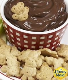 Feeling like some chocolate this afternoon? Try our easy and fun Chocolate Dip, with Teddy Grahams!