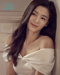 Jun Ji-hyun (전지현) - Picture Gallery @ HanCinema :: The Korean Movie and Dr. Asian Celebrities, Asian Actors, Korean Actresses, Celebs, Jung So Min, Korean Beauty, Asian Beauty, Jun Ji Hyun Fashion, Beautiful Asian Women