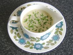 Cream of Haggis and Clapshot Soup Recipe - Haggis is well associated with Scotland, especially at and in the run up to Burns' Night each year. Clapshot is simply the name given to the popular accompaniment that consists of potatoes (tatties), neeps (Swede turnips/rutabaga) and chopped chives. This recipe sees the two combined in a delicious, creamy soup, the perfect appetizer for Burns' Night or any time of year.