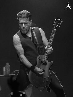 Billy Duffy - The Cult, Coloursound, Theatre Of Hate, The Nosebleeds