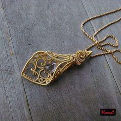 #KURUKI #KURUKIwrap #jewelry #wirejewelry #wirewrap #art #passion #love #handmade #oneofakind #creation #unique #ethnic #elegant #pendant #necklace #tulip #flower #filigree #pink #amethyst #vermeil #goldplated #sterling #silver #wire