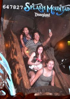 The Selfie | 19 Hilarious Pictures Of People Posing On Splash Mountain