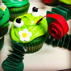 Leap Day Frog Cupcakes