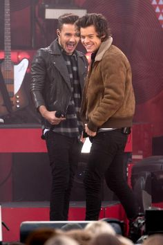 One direction Liam Payne and Harry styles Niall Horan, Zayn Malik, One Direction Pictures, I Love One Direction, Liam James, James Horan, Liam Payne, Liam 1d, Boys Who