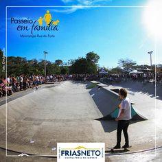 Quem curte manobras radicais, pode aproveitar o passeio na Rua do Porto e prestigiar os skatistas na minirrampa do local – uma das melhores já construídas no Brasil.