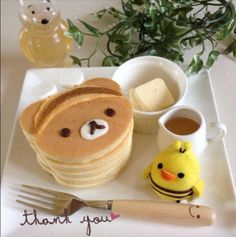 Check out these uber kawaii Rilakkuma photos! Have you ever seen such cute and delectable food? Kreative Desserts, Kawaii Cooking, Cute Baking, Kawaii Dessert, Cute Snacks, Think Food, Japanese Sweets, Japanese Pancake, Japanese Gifts