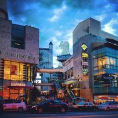 <3 The Hollywood & Highland Center!!