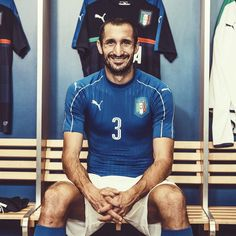 That face when it's only 3 days until #EURO2016  All things #Italy and more available now on SOCCER.COM #soccerdotcom #pumafootball #azzurri