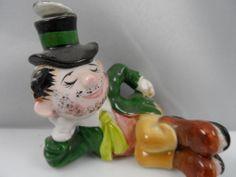 Vtg Norcrest Leprechaun Shamrock man F426 St. Patricks Day Figurine w/ Label