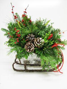 "Gorgeous for a centerpiece! ""White Christmas"" Sleigh"