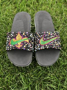Customize your own sandals with a SprinkleMyFeet birthday party! Disney Princess Makeup, Nike Flip Flops, Designer Shoes, Sprinkles, Personalized Gifts, Footwear, Doll, Sandals, Business