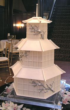 Japanese Pagoda Cake by Gateaux Inc. (wow! one of my favorites!)  #wedding #cake www.BlueRainbowDesign.com