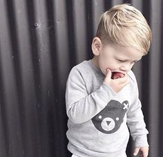 Trendy And Cute Toddler Boy Haircuts Your Kids Will Lovel 01 Lil Boy Haircuts, Boys First Haircut, Cute Toddler Boy Haircuts, Baby Haircut, Baby Boy Hairstyles, Toddler Boys, Little Man Style, Kids Cuts, Cute Toddlers