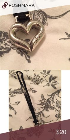 ✨ Brighton Handbag Fob 👛 Silver coloured and heart shaped handbag fob • Brighton brand • a sweet accessory! 🖤 Brighton Other