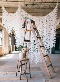 DIY Wax Paper Backdrop for a smart and chic rustic wedding