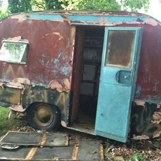 A little rough around the edges! Scotty Travel Trailer 1958  this is an old camper, but I could take it on