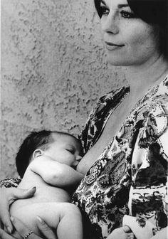 natalie wood with courtney, 1974 • ellen graham