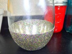 Geaux Wild (Mardi Gras) Stemless Glittered 21oz Wine Glass
