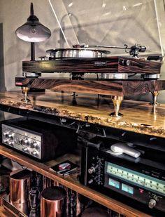{ResimSayisi} audio room It's a Man's World Home Music Rooms, Audio Rack, Vinyl Room, Audio Design, Dj Booth, Vinyl Music, Vinyl Records, Its A Mans World, Record Players