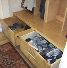 Entryway drawer for shoes
