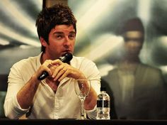 noel gallagher in brazil