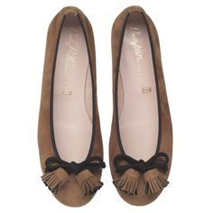 Pretty Ballerinas. Just got a pair of these - so pretty ~ Epi