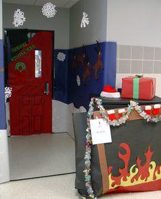 ALERT - Christmas Door Texas High School, Lake Jackson, Christmas Door, Merry, Gift Wrapping, Doors, Contemporary, Deco, Gifts