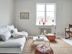 Simple Apartment Decor, Living Room Inspiration, Kids Rugs, Live, Home Decor, Decoration Home, Kid Friendly Rugs, Room Decor, Home Interior Design