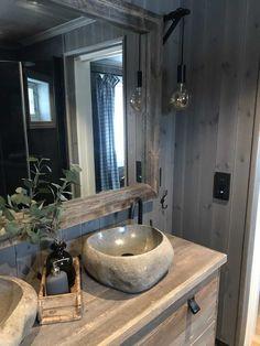 Eikås-hytte i Trysil - Vyrk Mountain Cottage, My Dream Home, Kitchen And Bath, Modern Bathroom, Living Room Furniture, Showroom, Cabin, Bow String, House