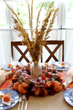21+ Cozy Thanksgiving Decor Ideas - Your Classy Look Thanksgiving Projects, Thanksgiving Table, Thanksgiving Decorations, Rustic Fall Decor, Fall Home Decor, Fall Table Centerpieces, Table Decorations, Farm Style Table, Ard Buffet