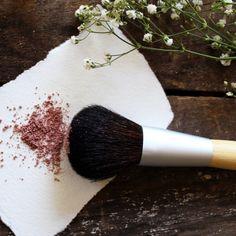 Bamboo Handle Blush Brush #naturalskincare #greenbeauty