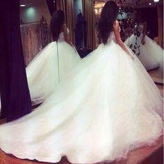 Princess wedding dress - My wedding ideas Wedding Robe, Princess Wedding Dresses, Dream Wedding Dresses, Wedding Attire, Wedding Gowns, Poofy Wedding Dress, Fluffy Wedding Dress, Barbie Wedding, Tulle Wedding