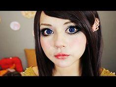 WOW- this is so weird! Video tutorial on 'Porcelain Doll' makeup! maquillaje de muñeca de porcelana ♥ miku