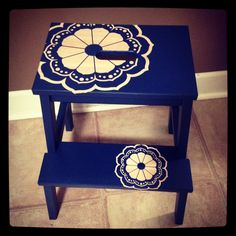 Paint the whole thing light blue. Put a vinyl decal down (Wording or decoration) and paint the two tops in a dark blue that matches the tiles? Ikea Step Stool, Step Stools, Vinyl Decals, Wall Decals, Ikea Bekvam, Desk Chair, Painted Furniture, Diy Home Decor, Cool Stuff