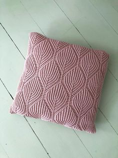 Cushion Cover Pattern, Crochet Cushion Cover, Crochet Cushions, Knitted Pillows, Cushion Covers, Crochet Pillow Covers, Knitted Cushion Pattern, Owl Pillows, Crochet Throws