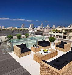 Патио на даче (75 фото): как создать и обустроить своими руками http://happymodern.ru/patio-na-dache-foto-kak-sozdat-i-obustroit-svoimi-rukami/ Стильные, удобные и просто роскошные диваны в патио на крыше дома