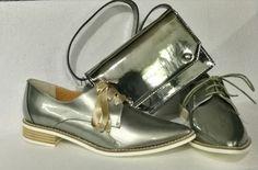 Zapato Antia plateado y bolso plata de Sixtyseven