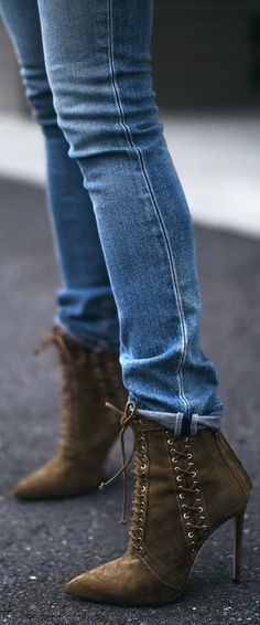 Boots https://bellanblue.com