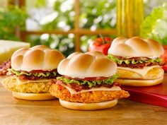 Will it be Spicy, Homestyle, or Grilled? Choose your Wendy's Asiago Ranch Chicken Club.