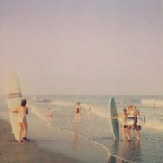 Want to learn to surf but don't know where to start? Surfing lessons are all about taking your surfing to the next level regardless of how much experience -- or lack thereof -- you may have. Beach Aesthetic, Summer Aesthetic, Aesthetic Vintage, Aesthetic Grunge, Eyes Poetry, Vintage Vibes, Vintage Surf, Vintage Beach Photos, Vintage 70s