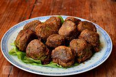 Falafel, chiftele de naut - CAIETUL CU RETETE Falafel, Quinoa, Ethnic Recipes, Blog, Blogging, Falafels